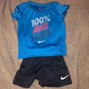 Nike shirt and matching shorts set
